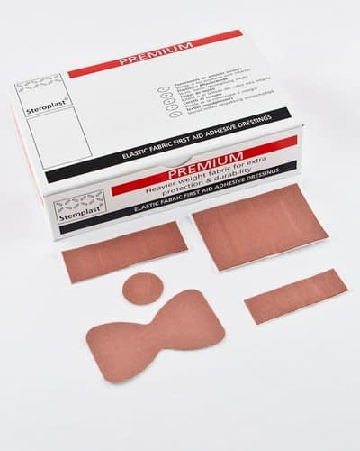 Steroplast Premium Elastic Fabric Plasters Zinc oxide adhesive Comprehensive range 5 Assorted plaster sizes LOT Number printed on the individual wrapper Expiry Date printed on the individual plaster 5-year shelf life Sterility guaranteed for 5 years CE Marked - 100% guarantee All cartons are individually barcoded Translations into 5 languages Elastic fabric for optimum conformability - Unsurpassed quality fabric