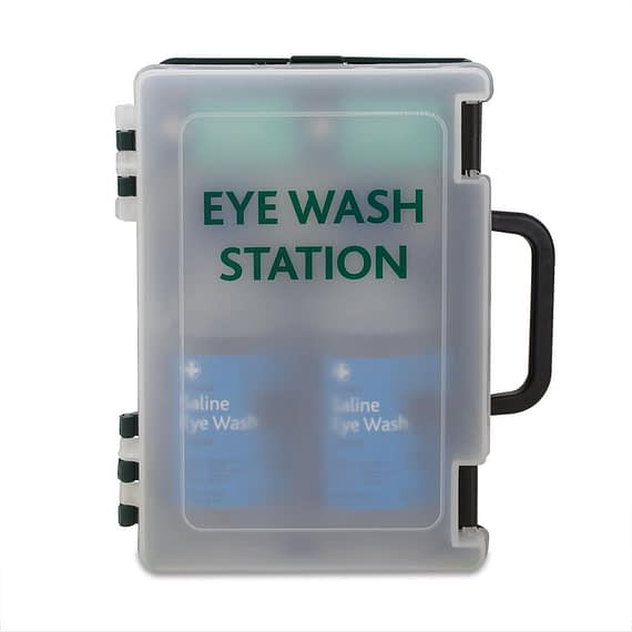 Eyewash Station Eyewash Station The double eyewash station is small and versatile in a traditional economic green box with translucent door for easy stock checking. Providing fast and effective treatment for eye injuries in the workplace or home, meeting guidelines given by the Health & Safety Executive. Wall mountable enclosed cabinet includes two 500ml eyewash bottle and two No. 16 eye pads